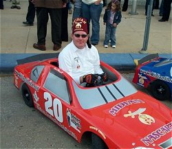 Shriner in miniature car